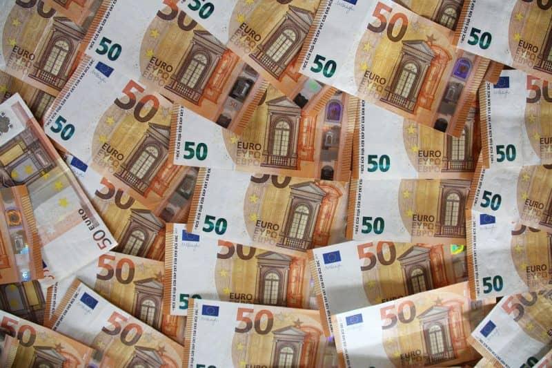 Как заработать на донатах от 10000 рублей в месяц?