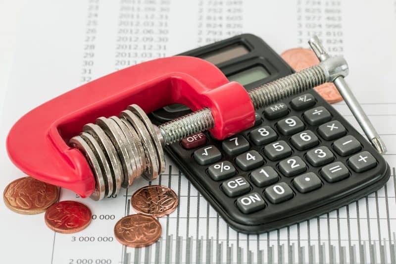 Где срочно взять деньги в кредит?