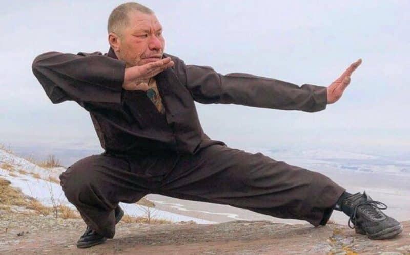 Сколько зарабатывает Олег Монгол?