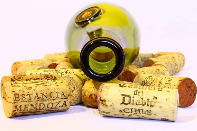 Все про инвестиции в вино, виски и воду
